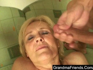 Granny loses a bet and her pussy gets drilled