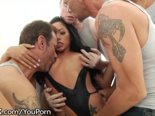 HardX Morgan Lee's FIRST Blowbang!