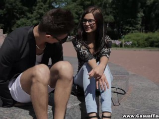 Casual Teen Sex – Casual hookup with nerdy slut
