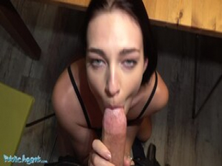 Public Agent Leanne Lace gets her booty out
