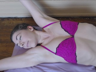 Sammy shows off her armpits in a pink bra