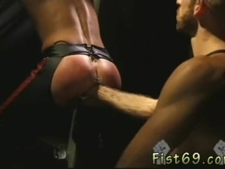 Free self fisting gay movies Justin Southhall works over Scott Samson in