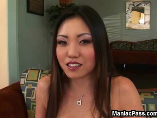 Asian babe's anal debut