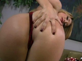 Hot blonde gives a great blowjob
