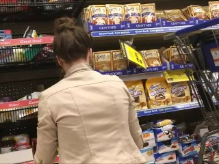 18yr old Chelsea upskirt in the supermarket