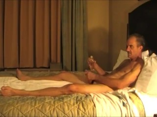 Poppers Couple Share a Big One