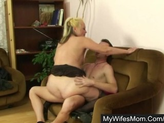 He shoots and fucks his wifes mom