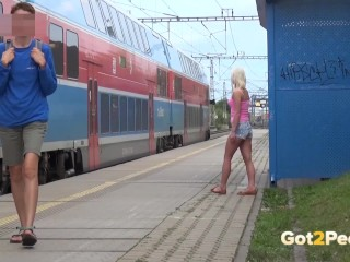 Got2Pee – Peeing Women Compilation 004