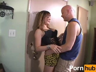 Yikes The Babysitter Is A Tranny – scene 5