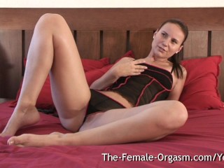 Babe Vibes Wet Snatch to Contracting Orgasm