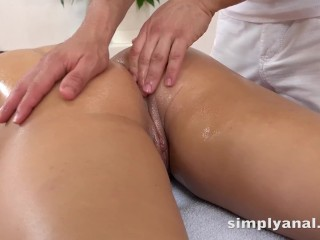 Anal Sex – Cute brunette Nikki Waine takes a creampie in her ass