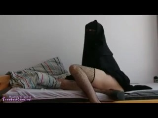 Arab Egypt In Burqa Hijab Anal Masturbation In Stockings On Webcam
