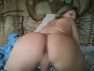 Teen ladyboy with perfect ass