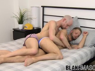 Dick craving homos ass fuck hard and fast without pause