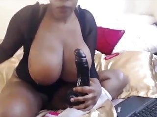 Ebony girl Mega with immense boobs looking for Daddy