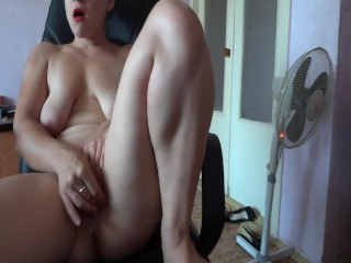 masturbate on the armchair