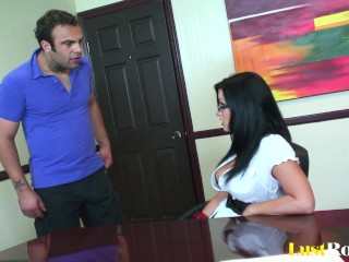 How can anyone resist the amazing Angelica Raven.mp4