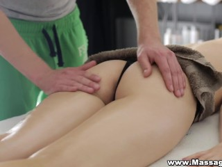 Massage-X – Oil massage with deep orgasm