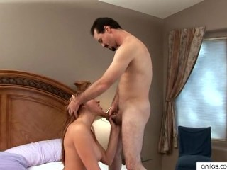 Morgan Reigns fucks the sybian and the rabbit toy