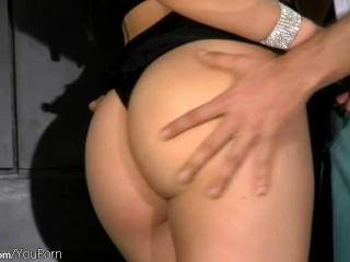 Blonde femboy gets her bubble ass licked and penetrated