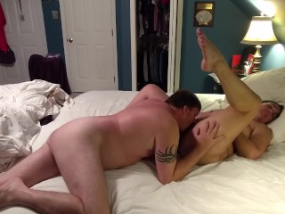 Amateur wife gets pussy pampered during late night rendezvous…
