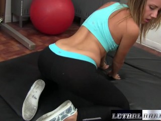 Step-sister step-brother for a Blowjob at the gym
