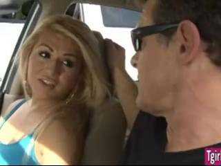 TS prostitute Gianna Rivera meets client