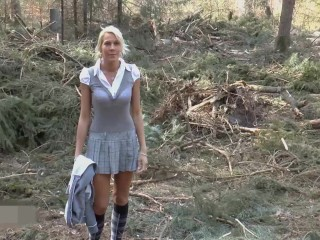 naughty-hotties.net – bavarian hottie lost in woods anal quickie.mp4