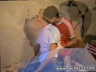 Gay young boys fuck tube xxx Roma ultimately glides his hard pole deep in