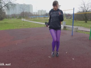 jeny Smith – pantyhose traning