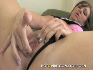 Brunette Squirting 2