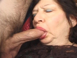 Mature lady takes on two young dudes