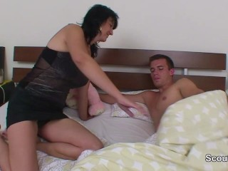 Mother wakes up young german Step-son and want to fuck