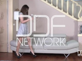 DDF Network-Pussy Abundance – One Cock Stuffs 3 Shaved Pussies And Asses