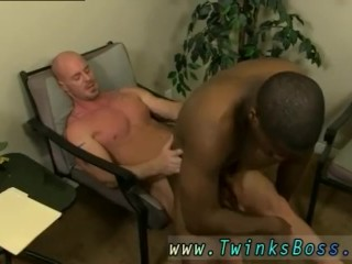 Erection dick boys tgp and gay twink worships bodybuilder JP gets down to