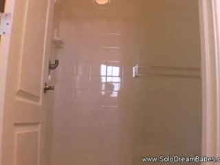 Solo Shower Babe From Italy