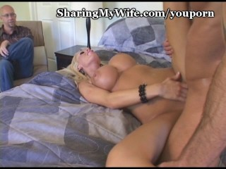 Super Hottie Has Pussy Pounded