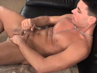 Stud playing with his cock – Twisty's