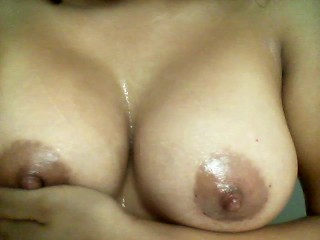 21 year old oils up boobs