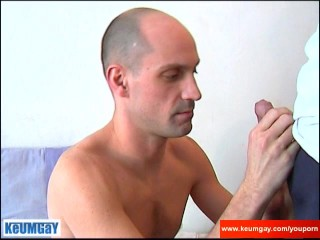 I need a big cock to suck a lot!