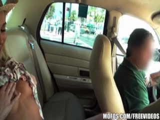 Cock hungry blonde beauty fucks in the cab
