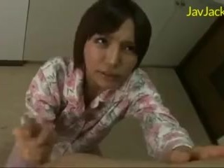 JAV (Japanese Adult Video) – MILF Handjob From Japanese Moms Compilation 01