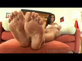 Alessandria Love of Foot Fetish Daily (www.footfetishdaily.com)