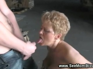 Milf gives hottest head to lucky guy