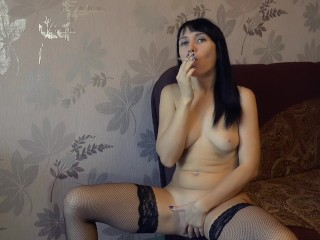 Smoking Blowjob And Gets A Creampie