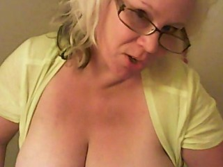 ROLEPLAYING WITH KATYANNMILF……MOMMY PLAY