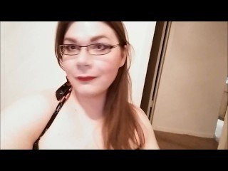 Chubby Shemale strokes her cock