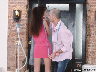 Teens Analyzed – Assfucked by the tailor