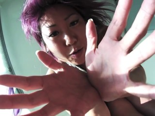 Giantess Commercial.mp4