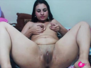 18flirt.com – Latin slut Naty.Milk with huge lactating breast penetrates her ass